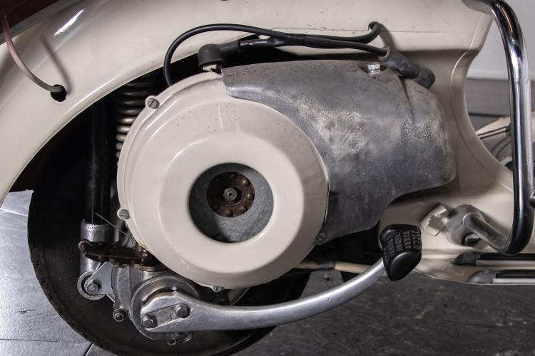 1953 Piaggio Vespa 125 VM1T 18