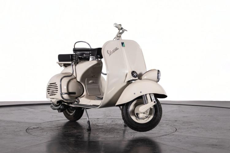 1953 Piaggio Vespa 125 VM1T 7