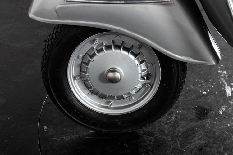 1969 Piaggio Vespa GTR 125 8