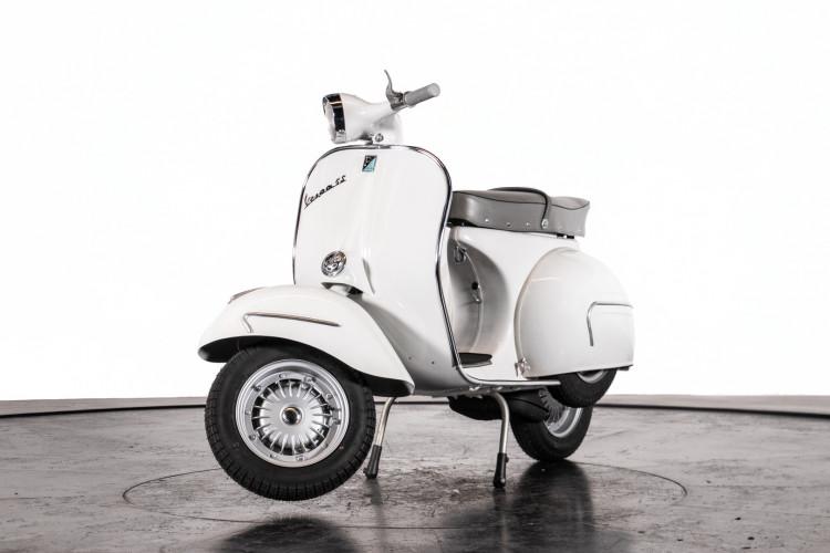 1961 Piaggio Vespa GS 160 2
