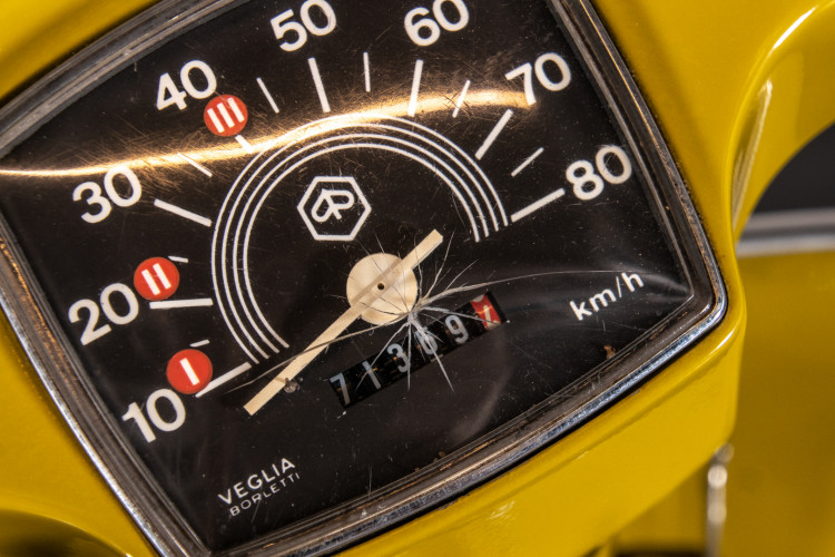 1972 Piaggio Vespa 50 Elestart 14