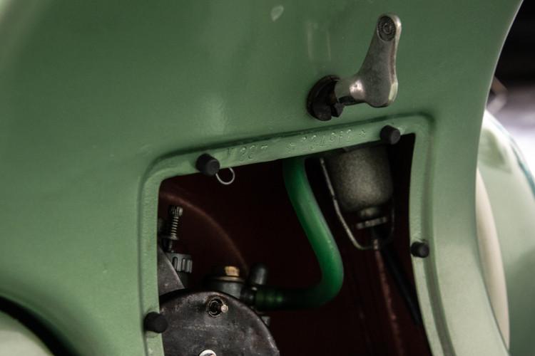 1952 Piaggio Vespa 125 19