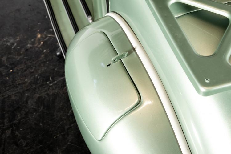 1952 Piaggio Vespa 125 V33 14
