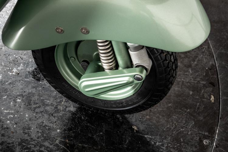 1952 Piaggio Vespa 125 V33 17