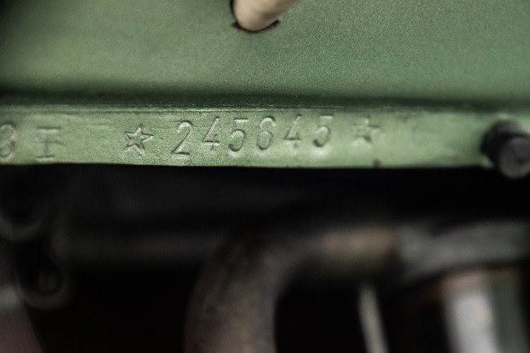 1952 Piaggio Vespa 125 V33 21