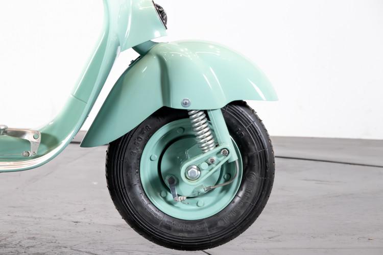 1953 PIAGGIO VESPA 125 U 9