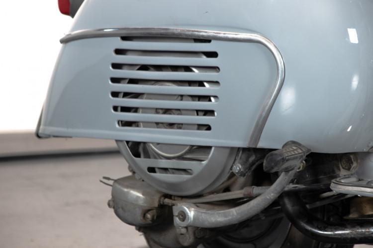 1963 Piaggio Vespa 125 VNB4T 14