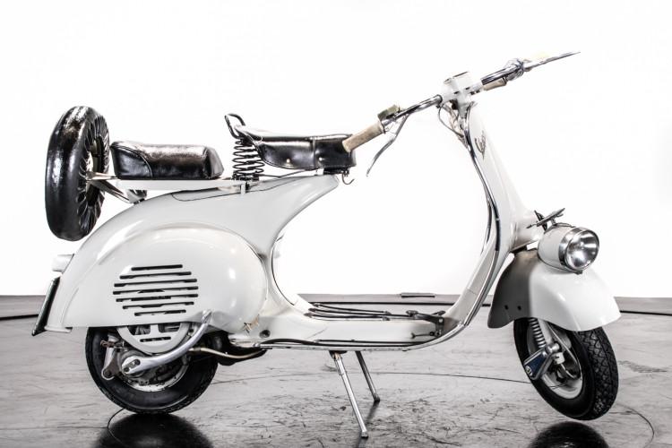 1957 Piaggio Vespa 125 Faro Basso '57 1