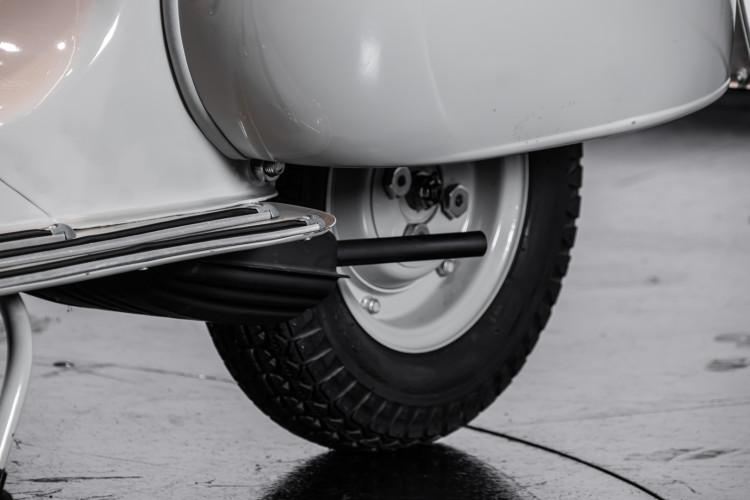 1958 Piaggio Vespa 125 9