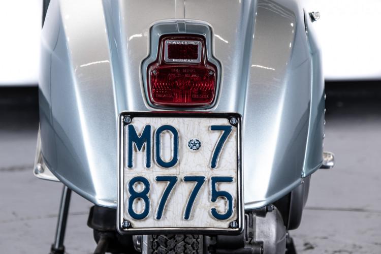 1967 Piaggio Vespa VMA 125 10