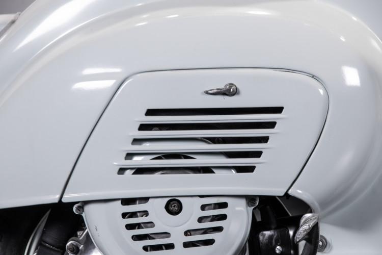 1964 Piaggio Vespa 50 N 12