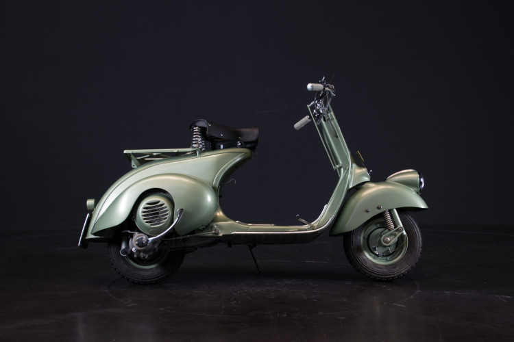 1948 Piaggio Vespa 125 2