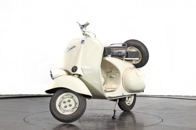 1960 Piaggio Vespa 125 1