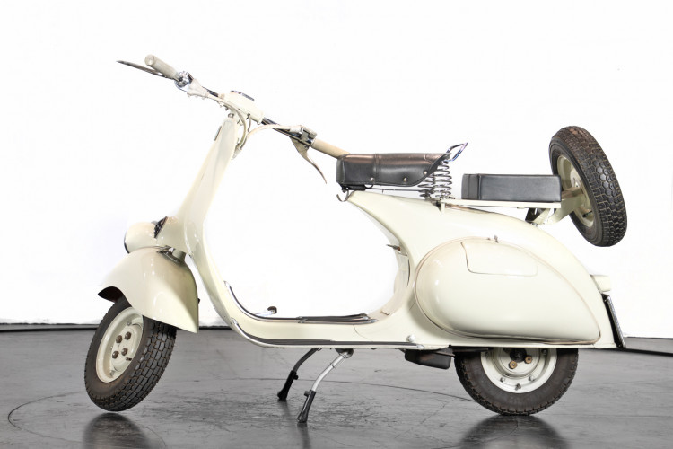 1960 Piaggio Vespa 125 0