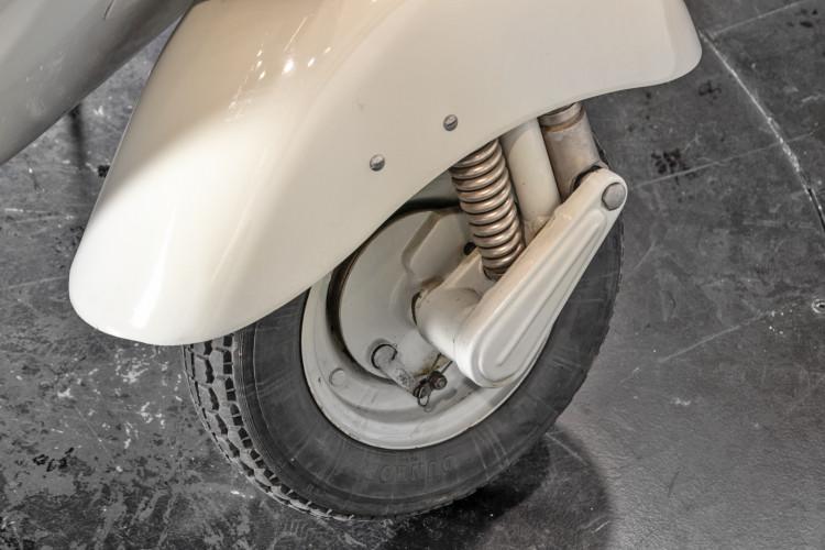 """1957 Piaggio Vespa 125 """"faro basso"""" 13"""