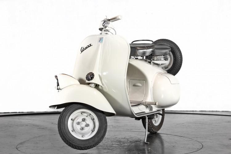 """1957 Piaggio Vespa 125 """"faro basso"""" 1"""