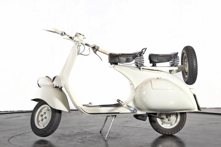 """1957 Piaggio Vespa 125 """"faro basso"""" 0"""
