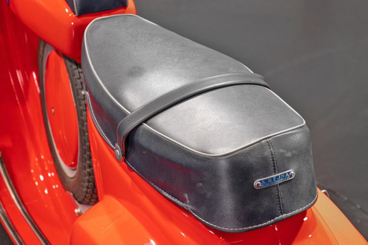 1966 Piaggio Vespa 90 SS 7