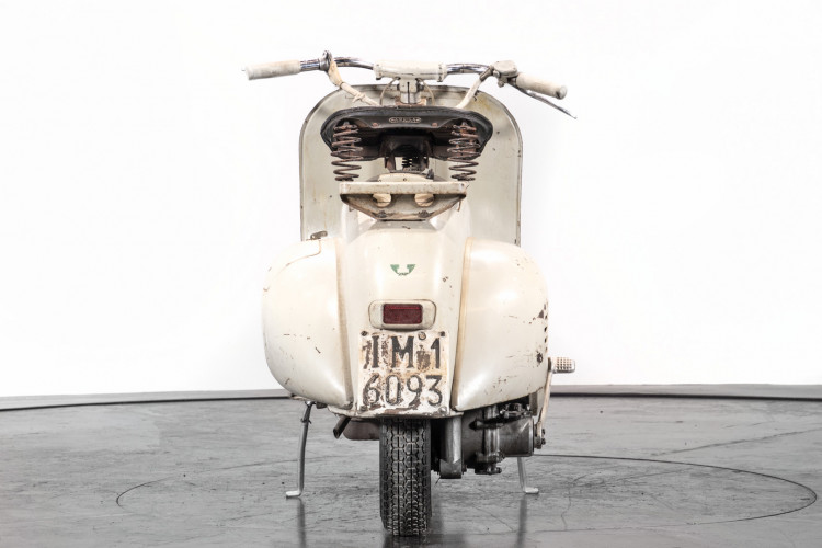 1957 Piaggo Vespa faro basso 125 7