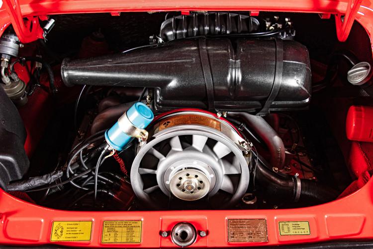 1974 Porsche 911 S 2.7 Targa 33