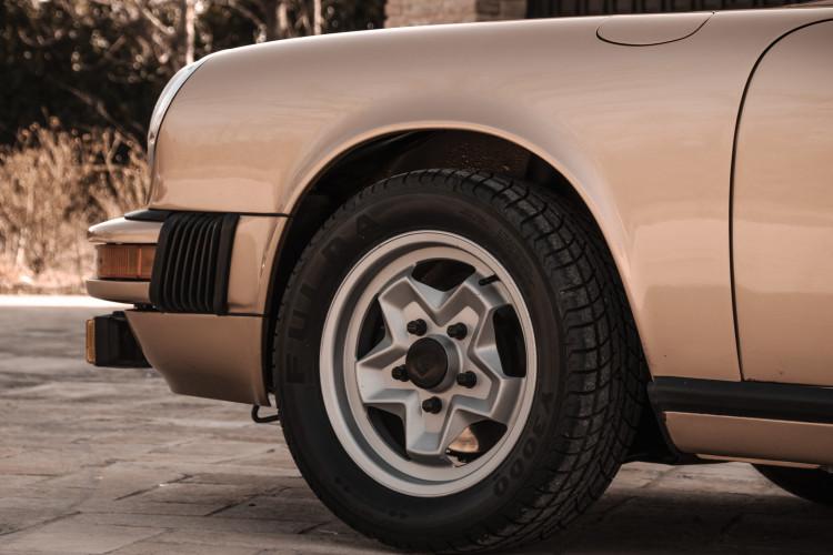 1974 Porsche 911 G 2.7 Targa 5