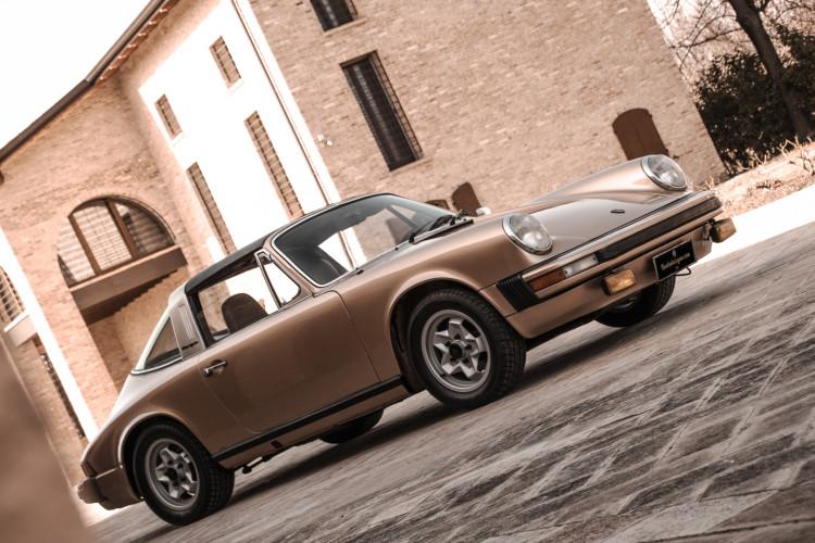 1974 Porsche 911 G 2.7 Targa 24