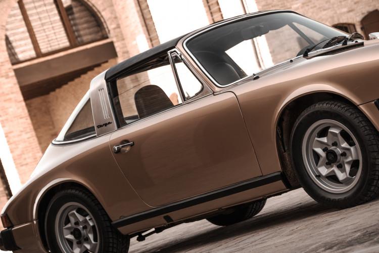 1974 Porsche 911 G 2.7 Targa 25