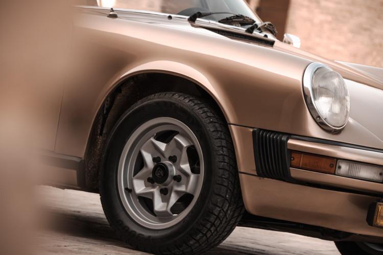 1974 Porsche 911 G 2.7 Targa 26