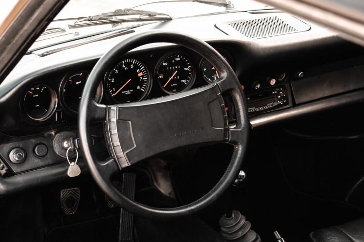 1974 Porsche 911 G 2.7 Targa 46