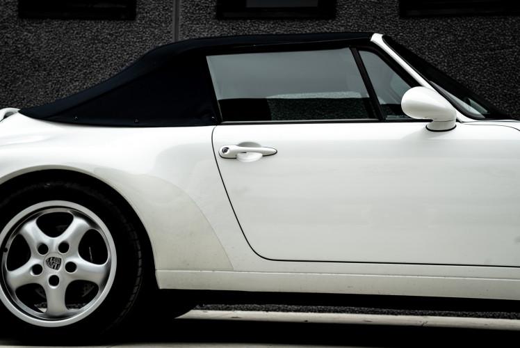 1995 Porsche 993 Cabrio 2