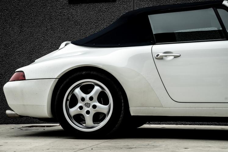 1995 Porsche 993 Cabrio 3