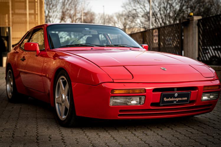 1988 Porsche 944 Turbo S Spec 0