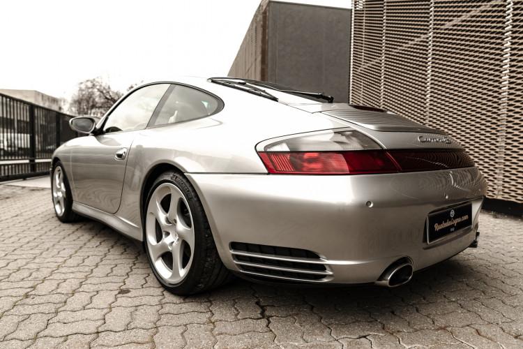 2002 Porsche 996 Carrera 4S Coupé 14