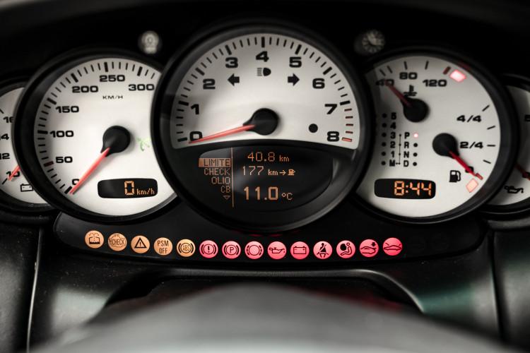 2002 Porsche 996 Carrera 4S Coupé 41