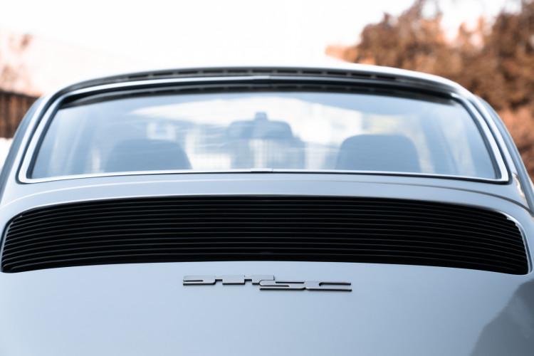 1977 Porsche 911 SC 19
