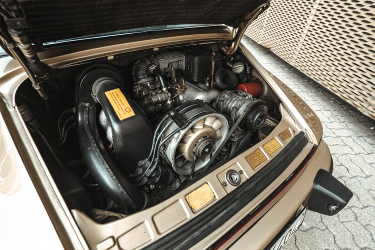 1985 Porsche 911 Carrera 3.2 Targa 50