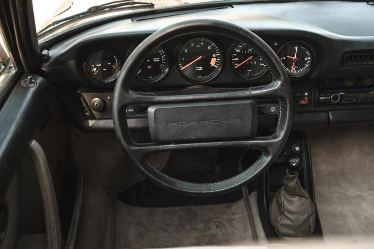 1985 Porsche 911 Carrera 3.2 Targa 45