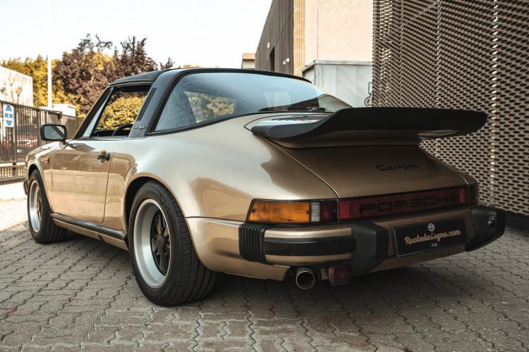 1985 Porsche 911 Carrera 3.2 Targa 2