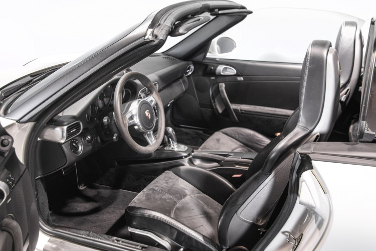 2011 PORSCHE 997 CARRERA GTS CABRIOLET 38