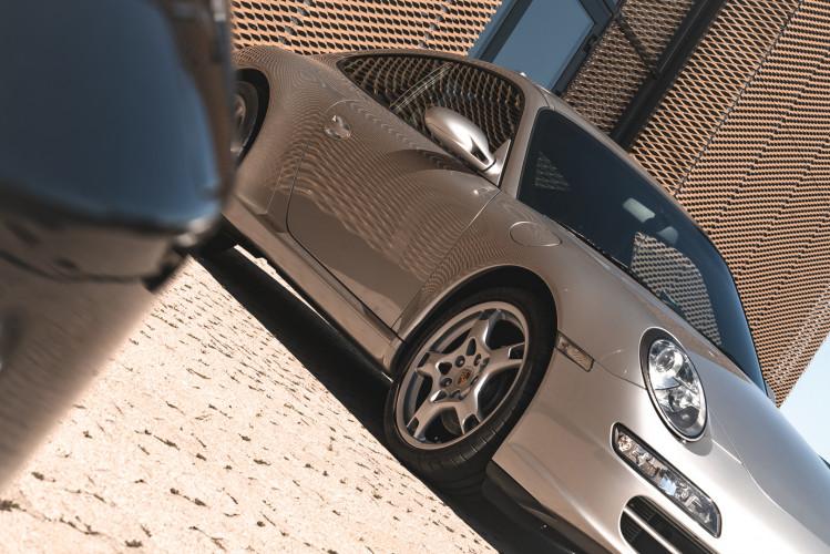 2008 Porsche 997 Carrera 2 11