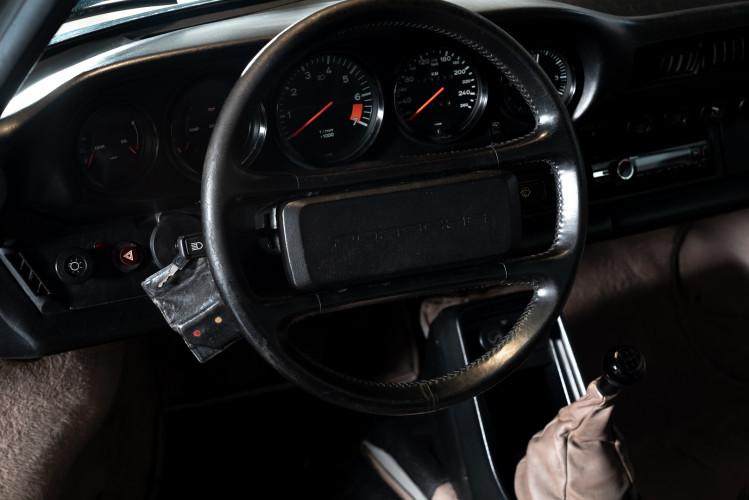 1985 Porsche 911 Carrera 3.2 Targa 17