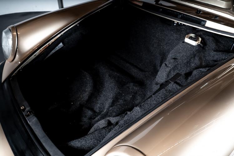 1985 Porsche 911 Carrera 3.2 Targa 23
