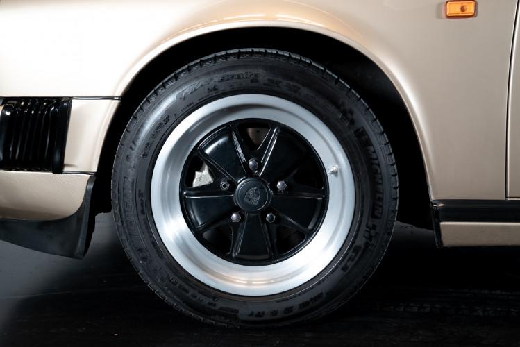 1985 Porsche 911 Carrera 3.2 Targa 8