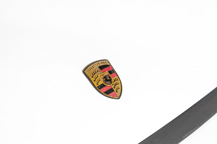 1990 Porsche 964 Carrera 4 10