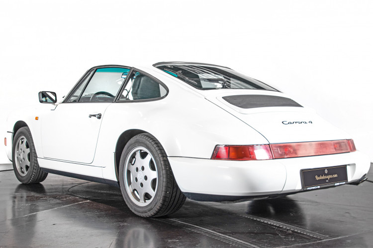 1990 Porsche 964 Carrera 4 2
