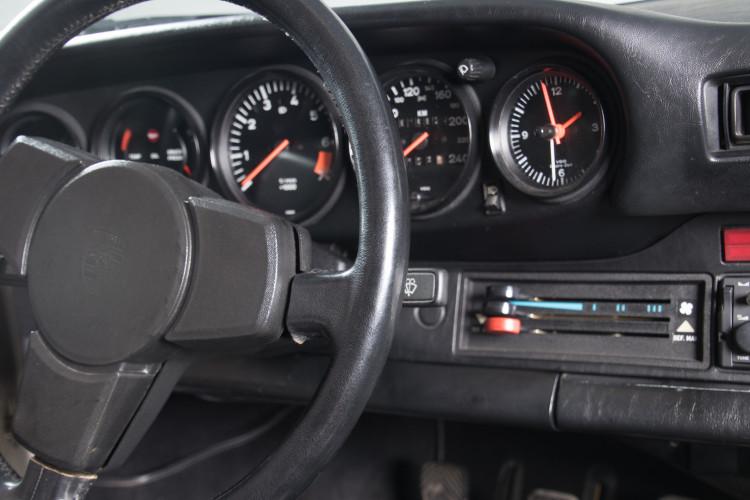 1981 Porsche 911 SC 21