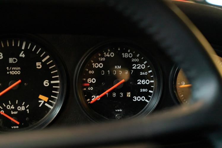 1985 Porsche 930 Turbo 22