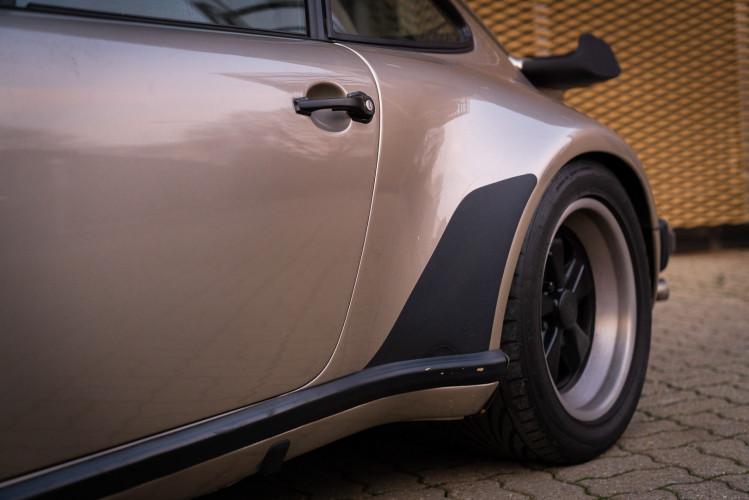 1985 Porsche 930 Turbo 3