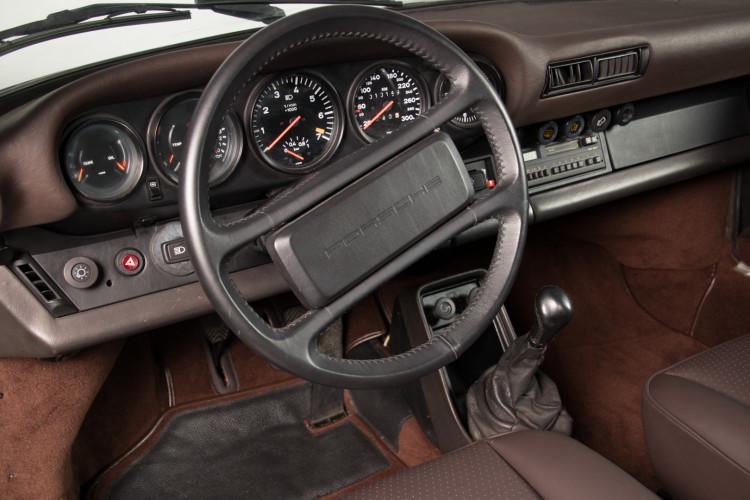 1985 Porsche 930 Turbo 19
