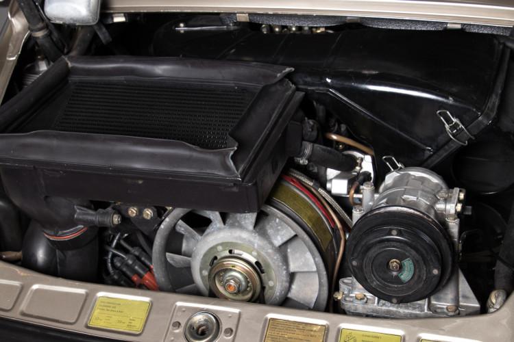 1985 Porsche 930 Turbo 32